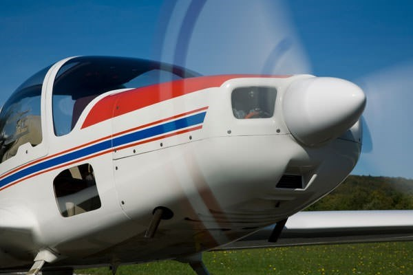 30 Minute Flying Lesson in Nottinghamshire - 4 Seat Plane